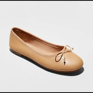 NWT A New Day Alyssa tan ballet flats neutral